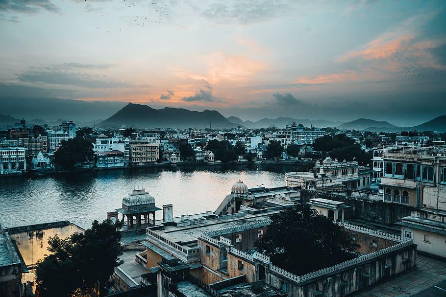 india-udaipur-lake-sunset